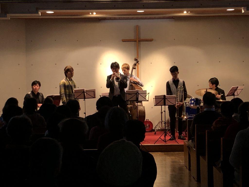 クリスマスコンサートが開催されました。